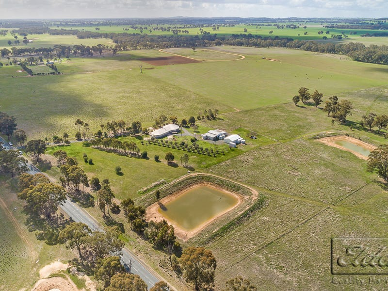 3058 Northern Highway, Toolleen, Vic 3551