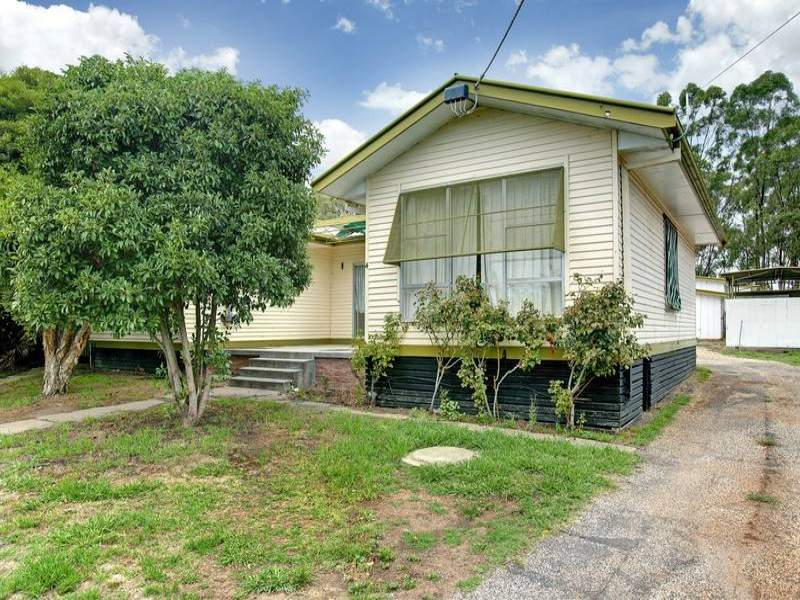 4 Grattan Street, Seymour, Vic 3660