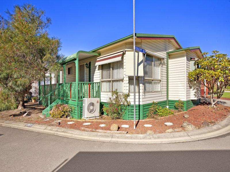 381/30 Majestic Drive, Stanhope Gardens, NSW 2768