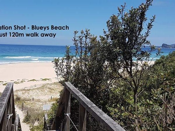 19 Newman Avenue, Blueys Beach
