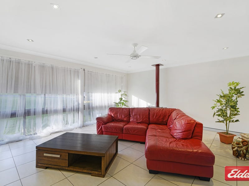 6 TRAMINER PLACE, Eschol Park, NSW 2558