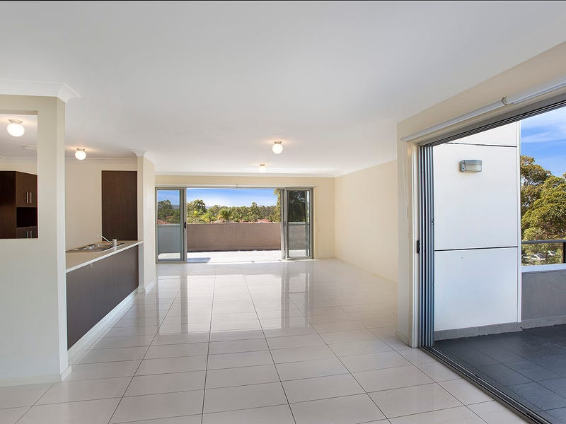 3/2a Nicole Close, Watanobbi, NSW 2259