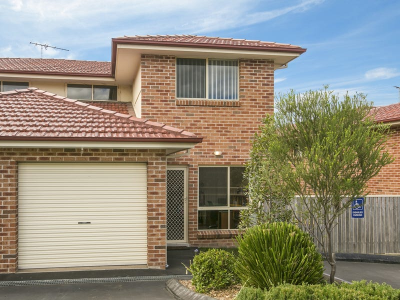 10/4 Feldspar Road, Eagle Vale, NSW 2558