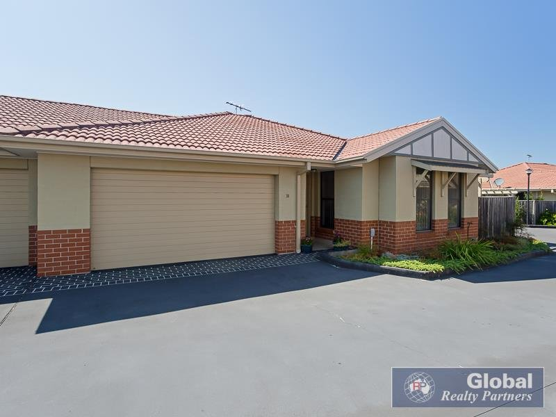 31/12 Denton Park Dr, Rutherford, NSW 2320
