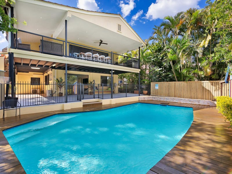 255 Chapel Hill Road, Chapel Hill, Qld 4069