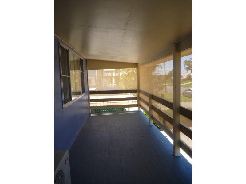 69 Booth Avenue, Tannum Sands, Qld 4680