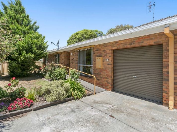 103 Neale Street, Flora Hill, Vic 3550