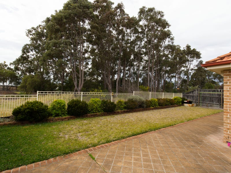 11 Windward Circuit, Tea Gardens, NSW 2324