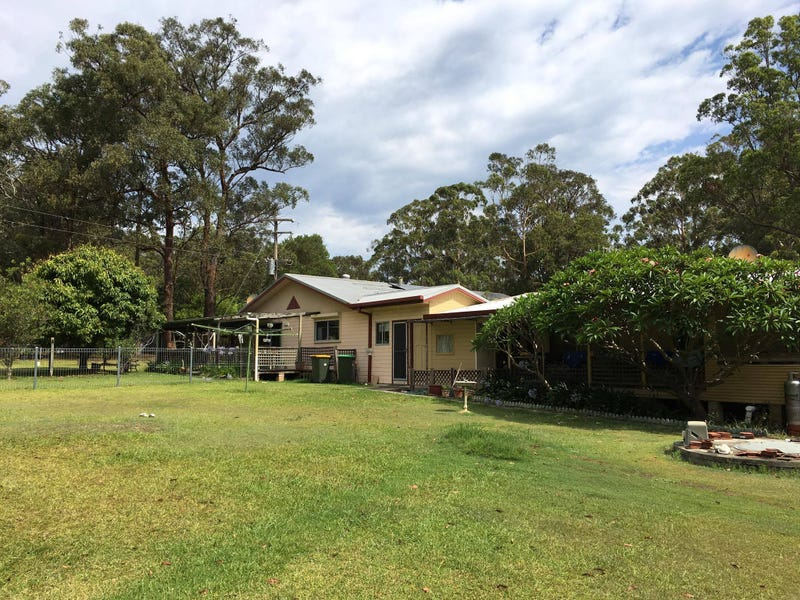 84 Warwiba Road, Old Bar, NSW 2430