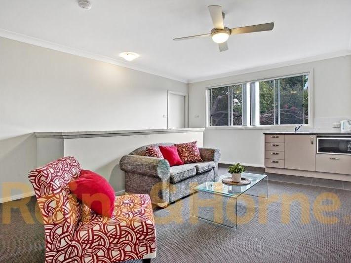 Room 205, 2/28 Dawson Street, Waratah