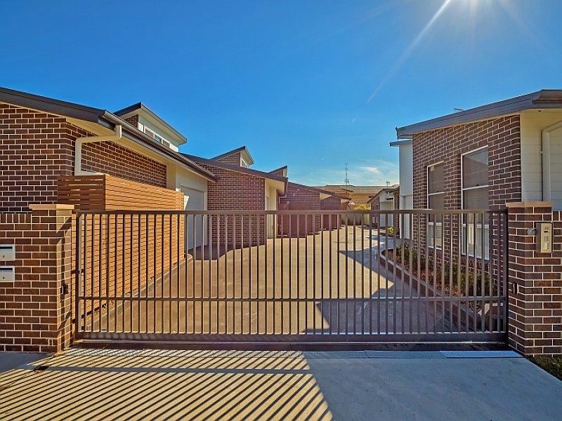 2/253-255 Booker Bay Road, Ettalong Beach, NSW 2257