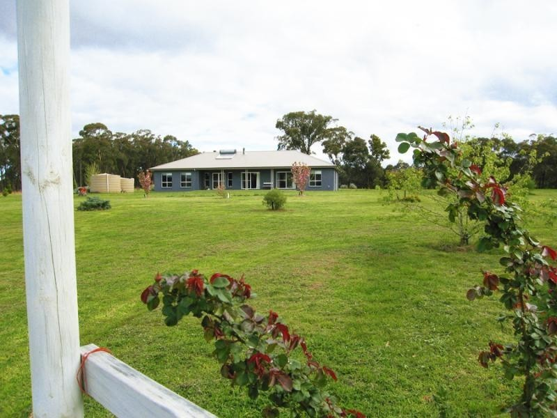 51 Old Coowong Road, Canyonleigh, NSW 2577