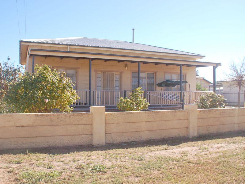 38 Cummins Street, Broken Hill, NSW 2880
