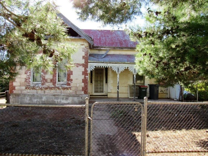 12 Pine Street, Peterborough, SA 5422