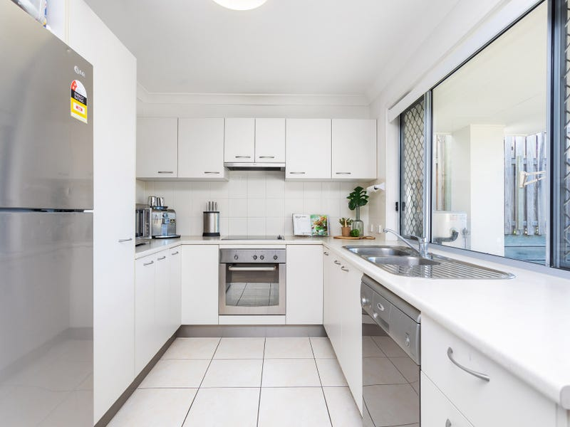 14/110 Lexey Crescent, Wakerley, Qld 4154