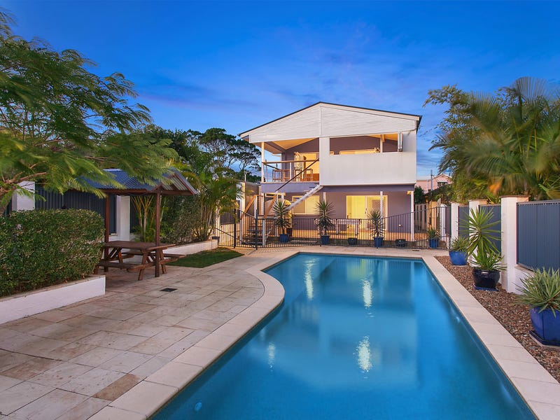 128 Cypress Terrace, Palm Beach, Qld 4221
