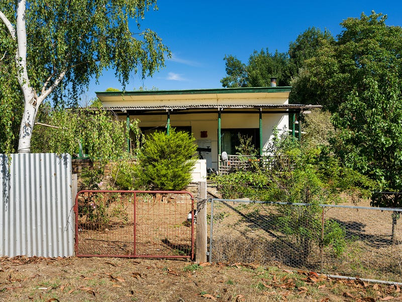 1 Newstead Road, Guildford, Vic 3451