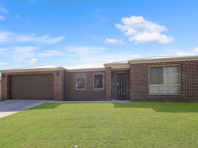 11 Mortimer Terrace, Leneva, Vic 3691