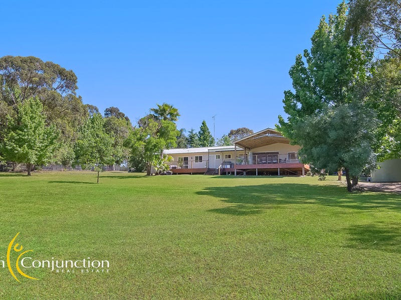4894 Old Northern Road, Maroota, NSW 2756