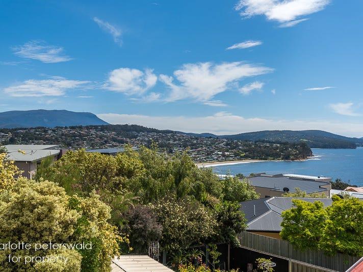 13 Tahune Crescent, Blackmans Bay, Tas 7052