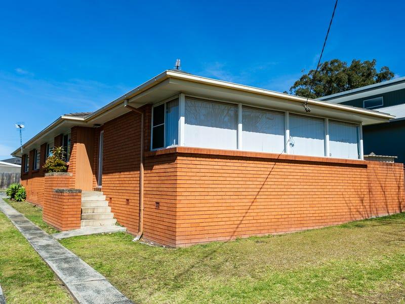 2/99 Deakin Street, Oak Flats, NSW 2529