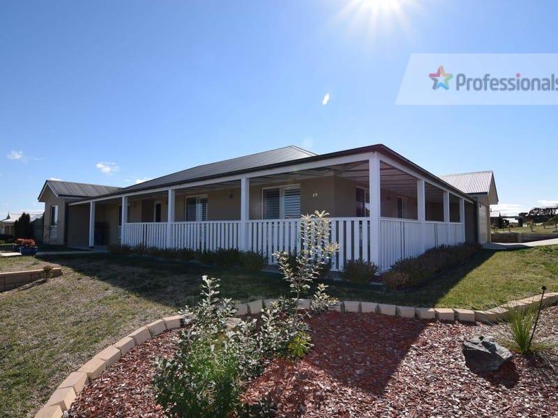 14 James Barnet Drive, Bathurst, NSW 2795