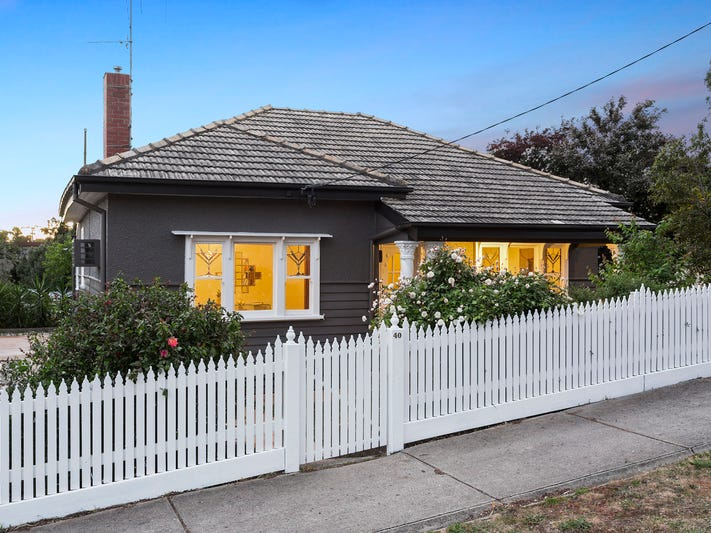 40 Russell Street, Quarry Hill, Vic 3550