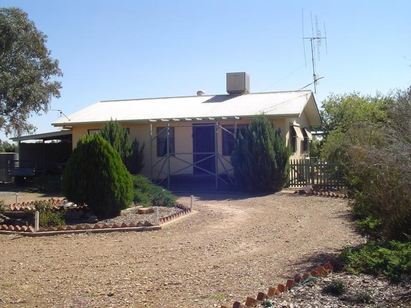28 Wyalong  St, Caragabal, NSW 2810
