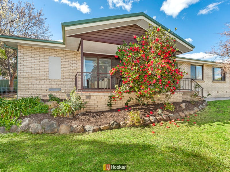 14 Linger Place, Melba, ACT 2615