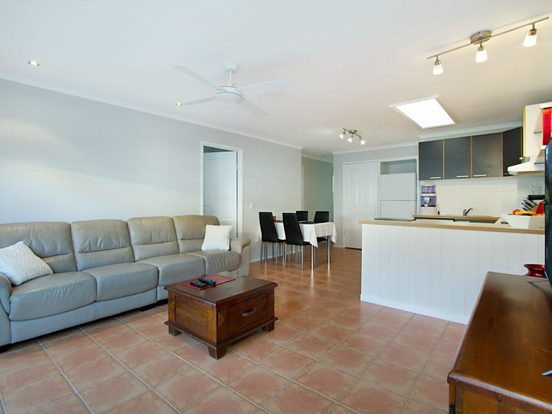2/3 Peacock Place, Burleigh Waters, Qld 4220