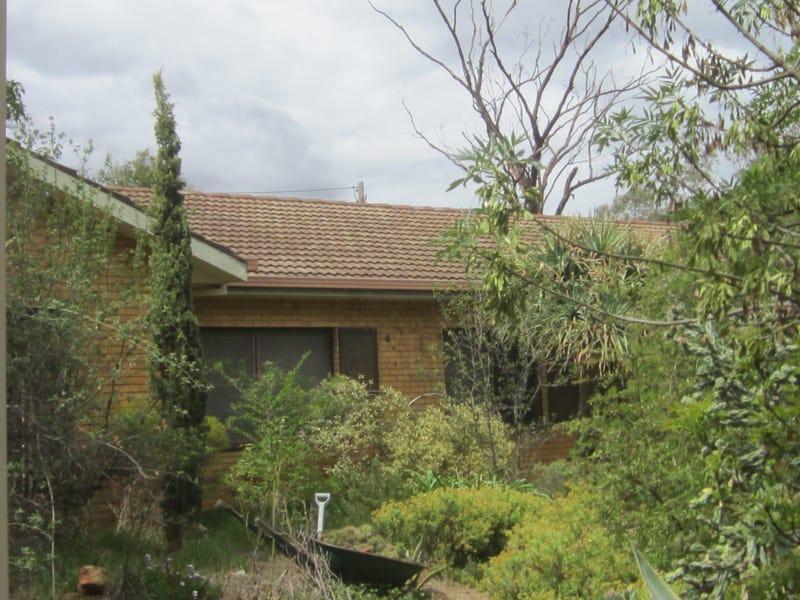 2 Austin Place, Coolamon, NSW 2701