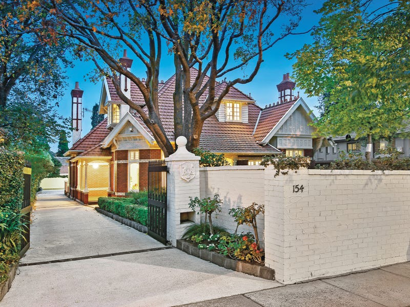 154 Barkers Road, Hawthorn