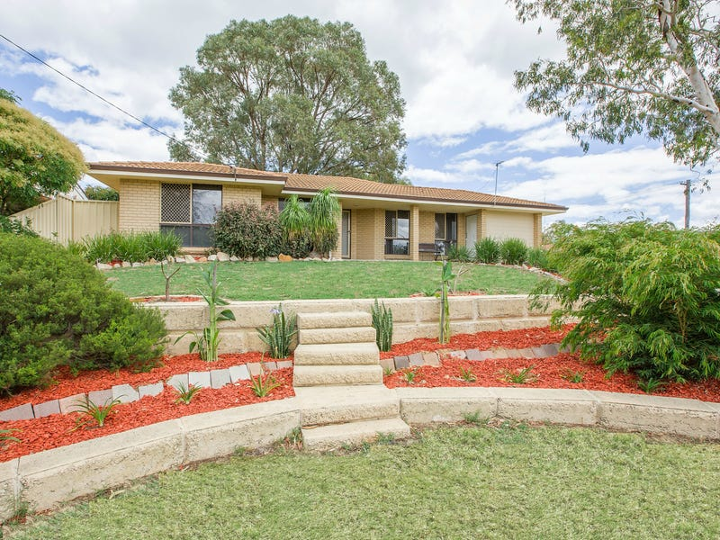 11 Rendell Elbow, Withers, WA 6230