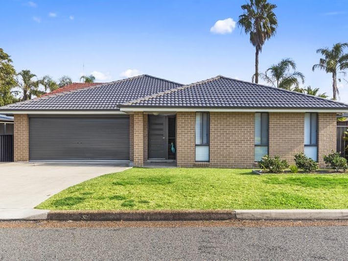 11 Royton St, Hillsborough, NSW 2290