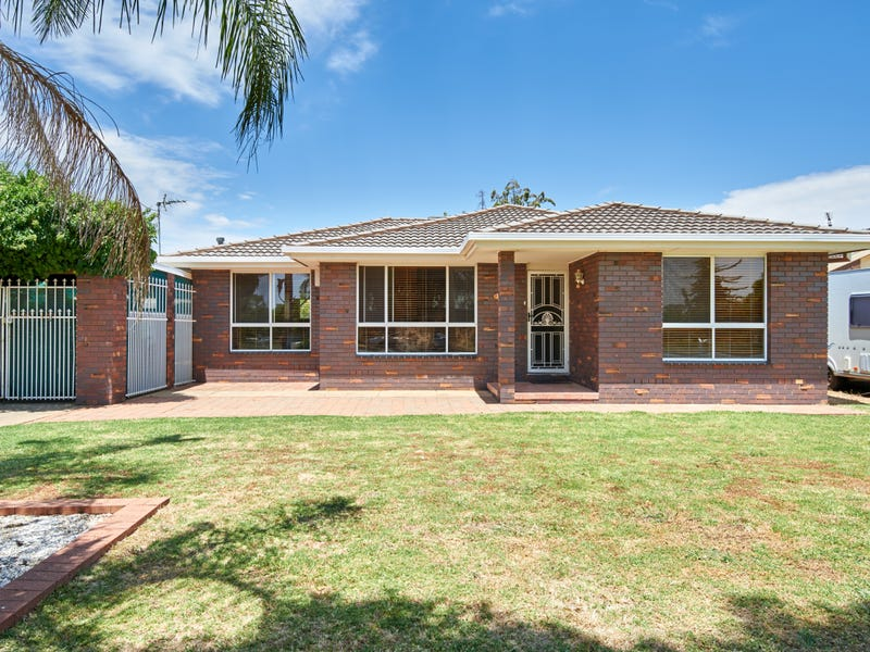 17 Sackville Drive, Forest Hill, NSW 2651