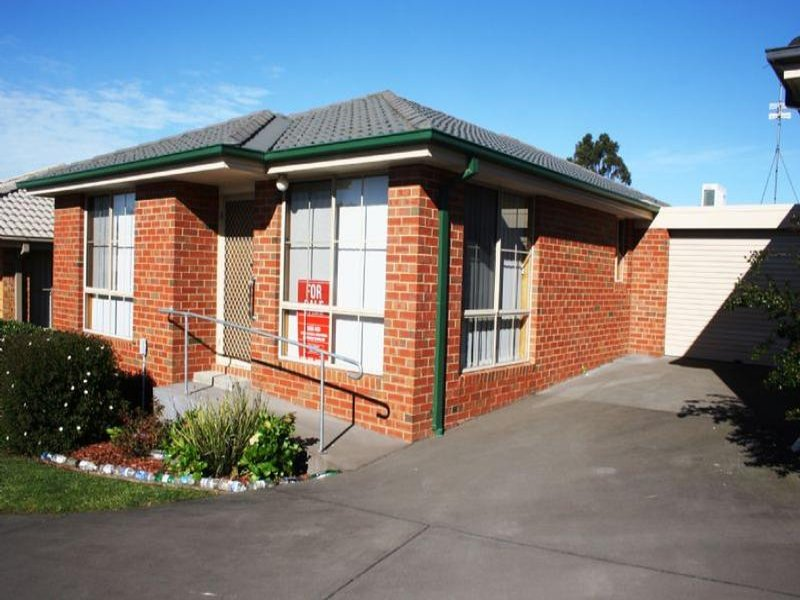 3/2 LITTLE PRINCES STREET, Korumburra, Vic 3950