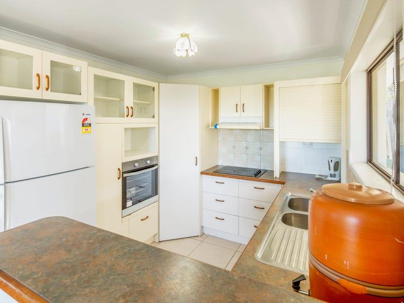 12 Blaxland Road, Nambour, Qld 4560