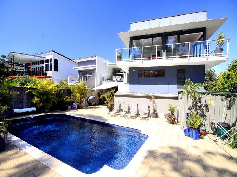 15a Ridgeline Court, Elizabeth Beach, NSW 2428
