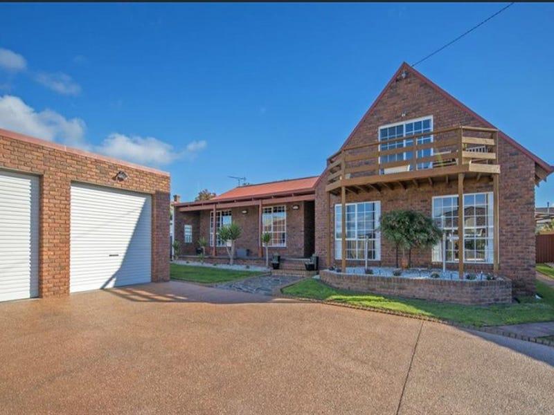 15 Highfield Crescent, West Ulverstone, Tas 7315