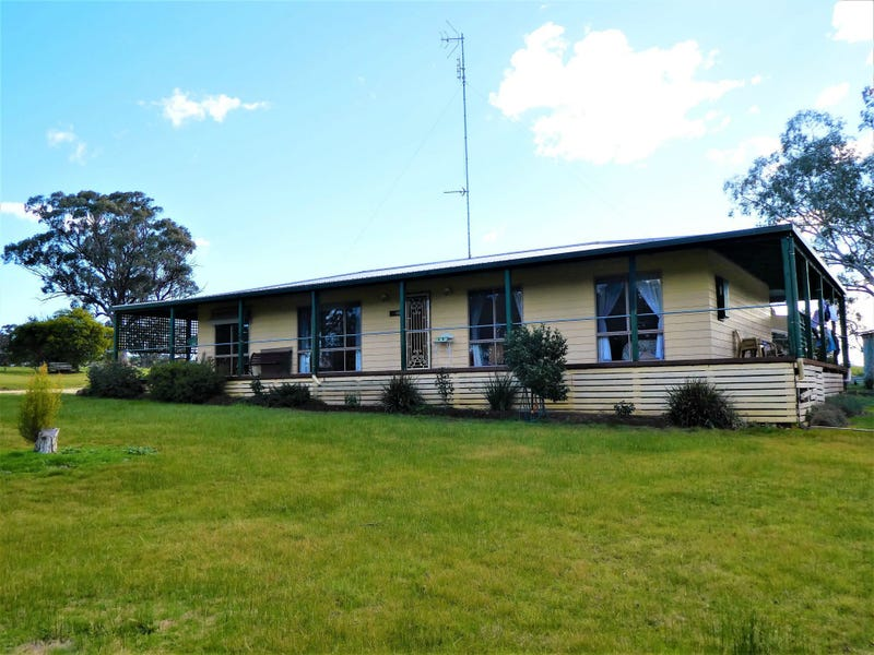 225 Hall Lane, Seymour, Vic 3660