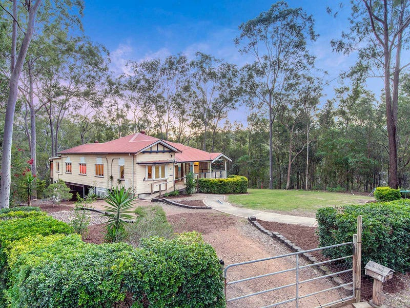 10 Moledina Crescent, Mount Crosby, Qld 4306