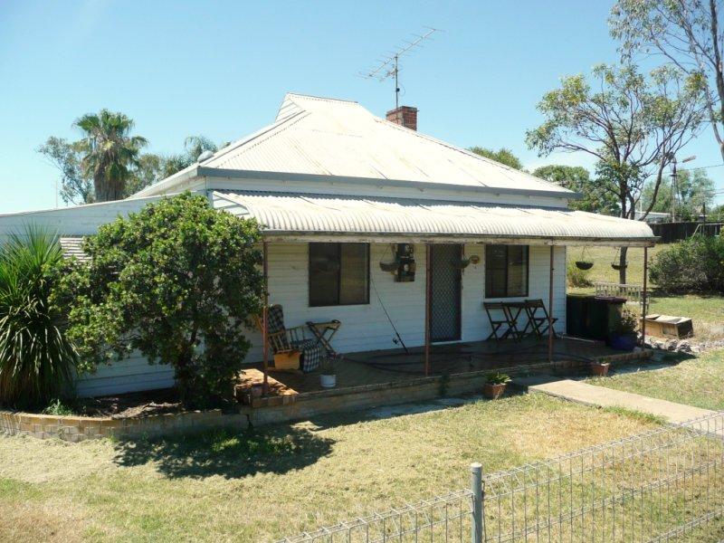 16 Rokeby Street, Somerton, NSW 2340