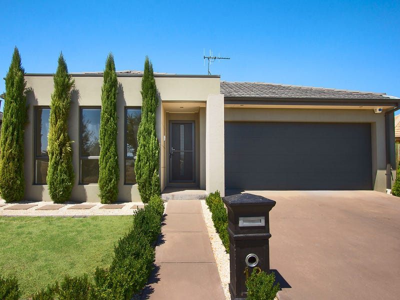 18 Paquita Street, Forde, ACT 2914