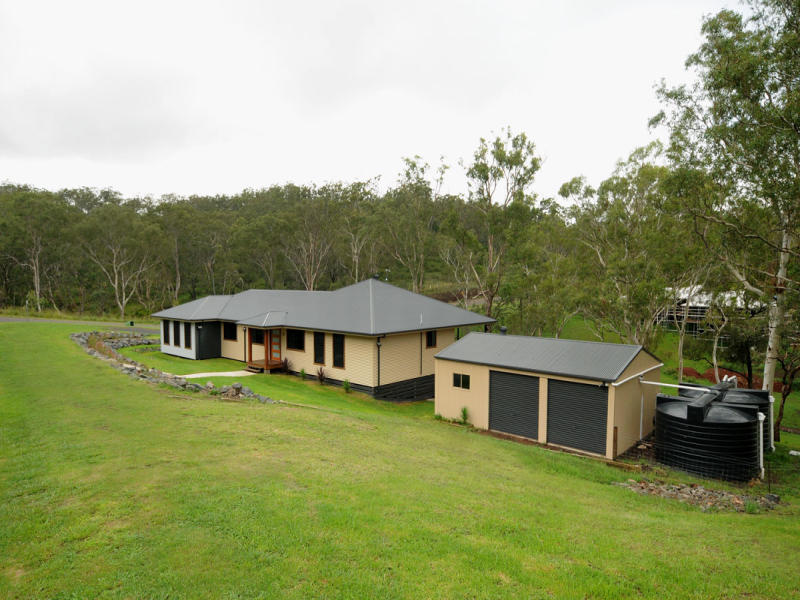 94 Geddes Road, Top Camp, Qld 4350
