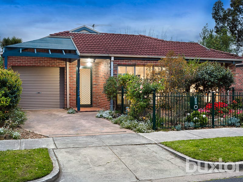 2/2 Flowerdale Road, Hampton East, Vic 3188