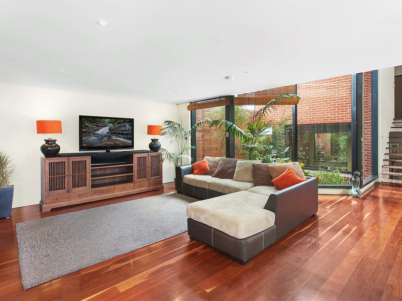 18 Cook Street, Caringbah South, NSW 2229
