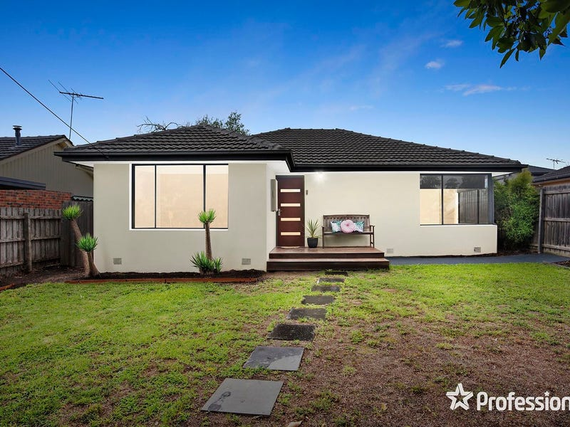 56 Blackburn Road, Mooroolbark, Vic 3138