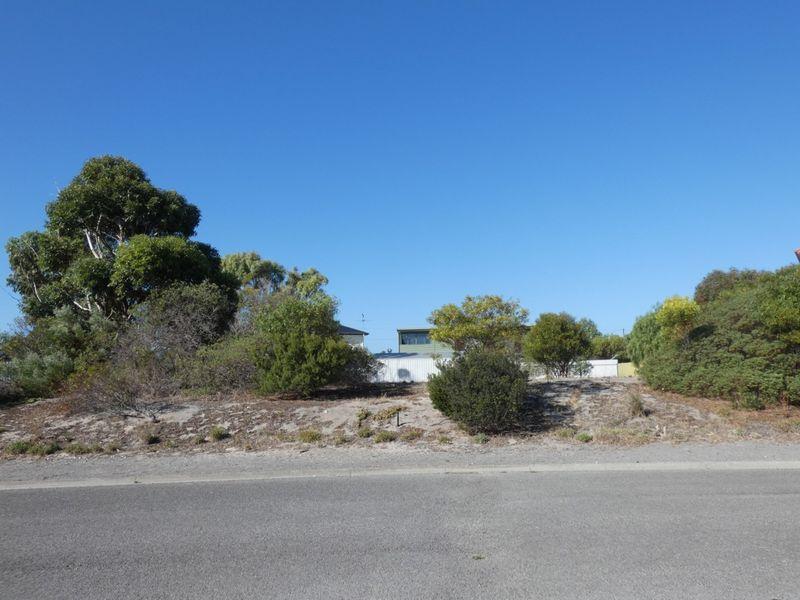 15 (Lot 17) Kona Crescent, Sultana Point, SA 5583