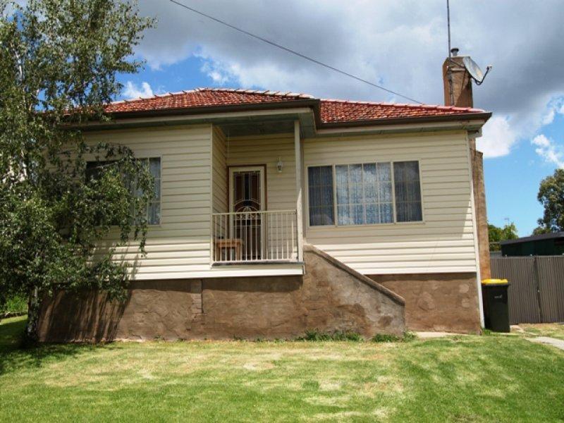 14 McKenzie Place, Bathurst, NSW 2795