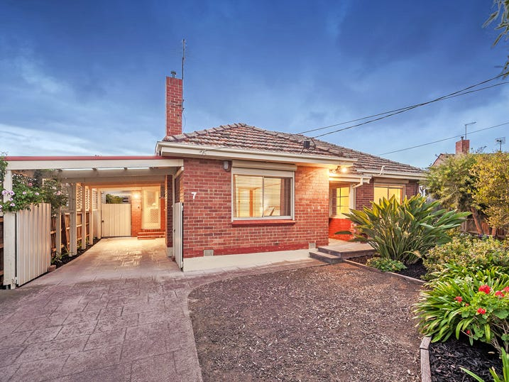 7 Rose Court, Reservoir, Vic 3073